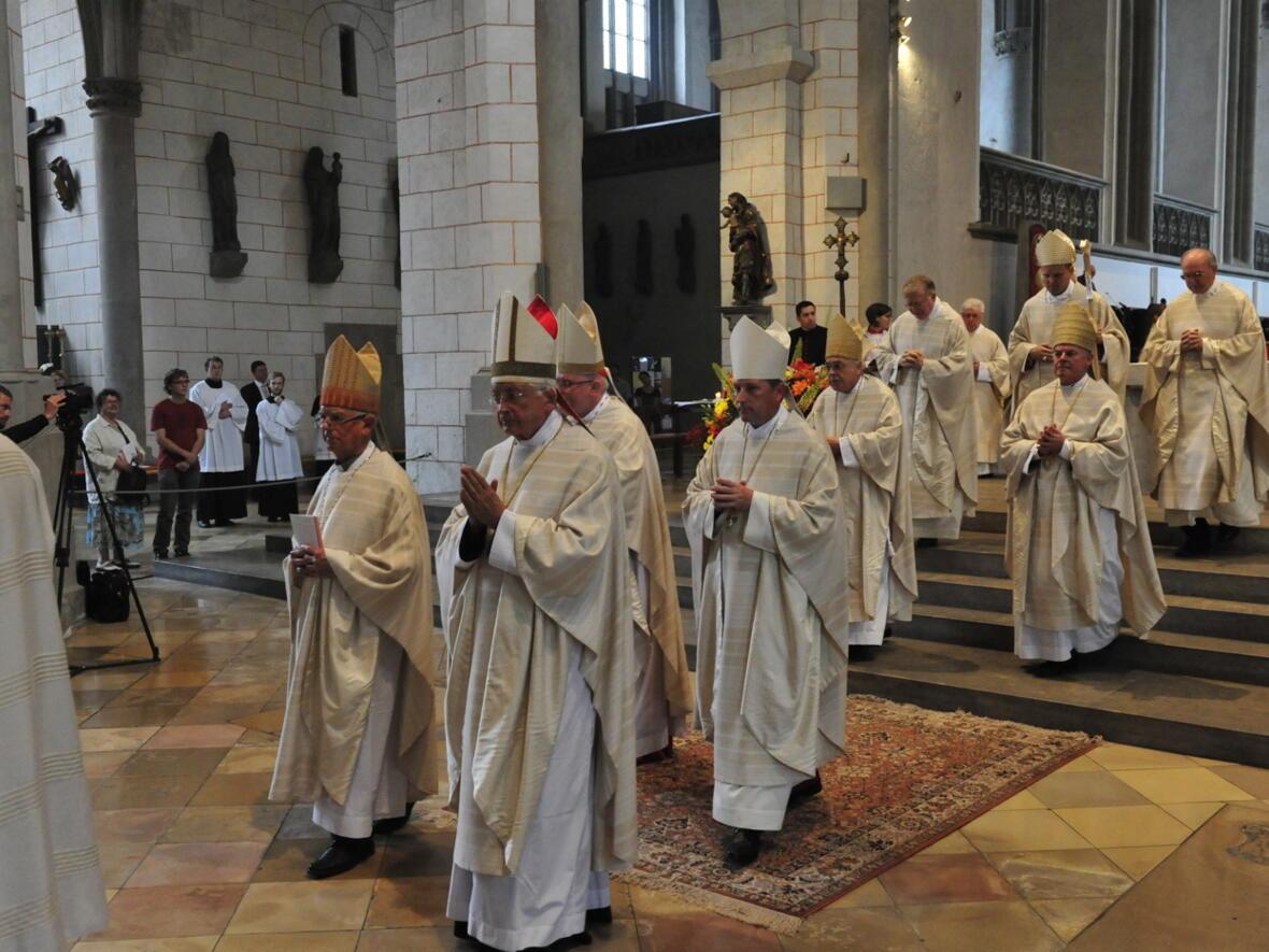 Bischofsweihe_20120728_09-46-26