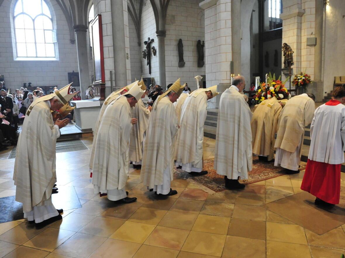 Bischofsweihe_20120728_09-46-42