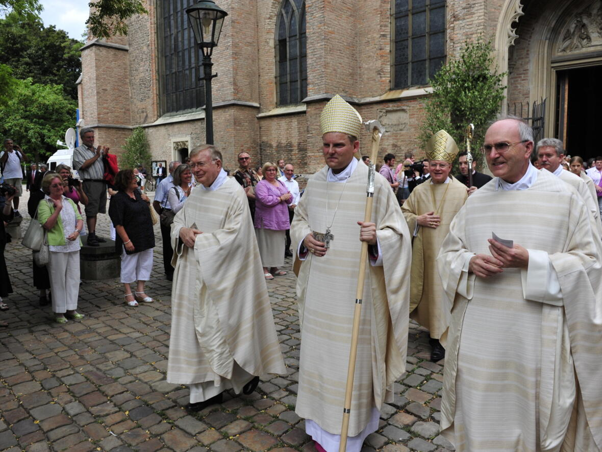 Bischofsweihe_20120728_09-48-56