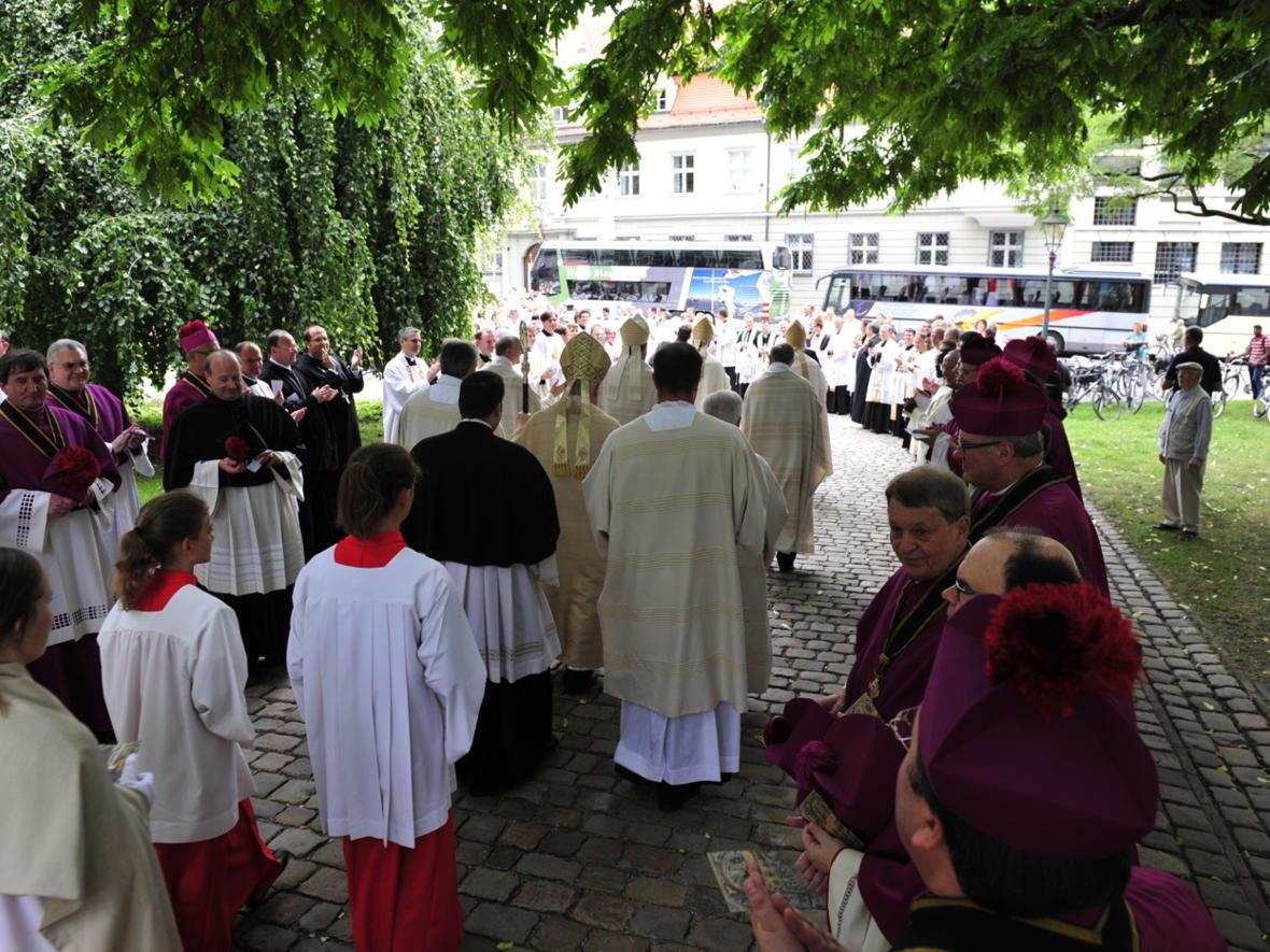 Bischofsweihe_20120728_09-49-48