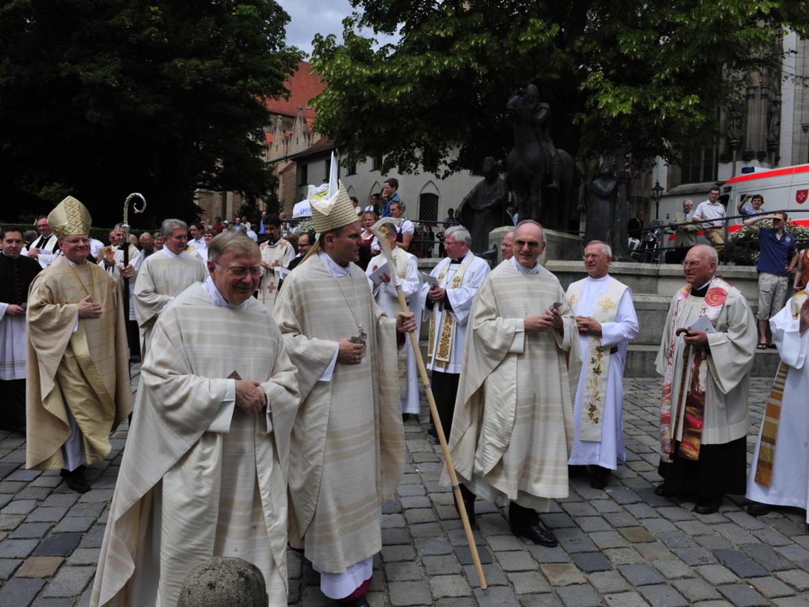 Bischofsweihe_20120728_09-50-24