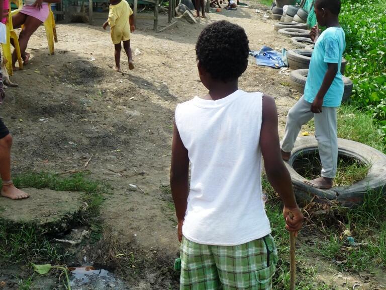 In den meisten Slums leben die Menschen in sehr einfachen Verhältnissen.