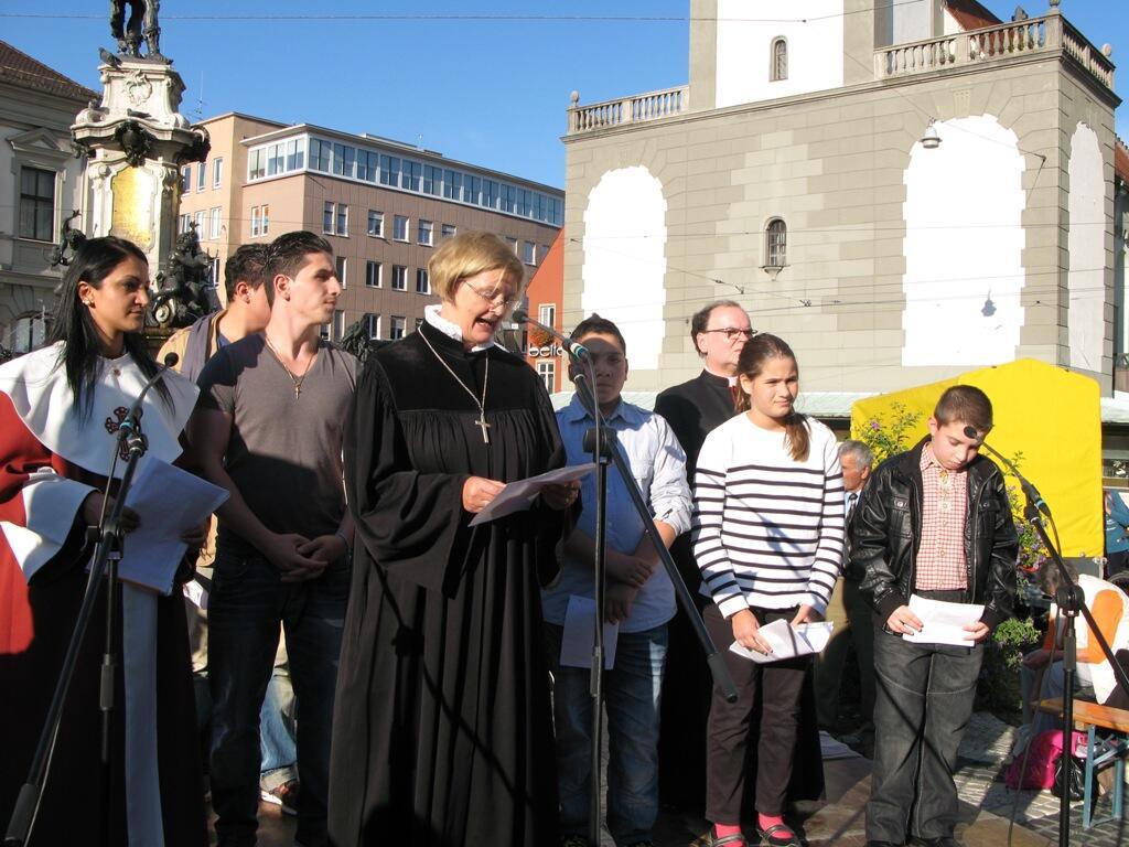 Christen brauchen Bekenntnis - Demo Rathausplatz (18)