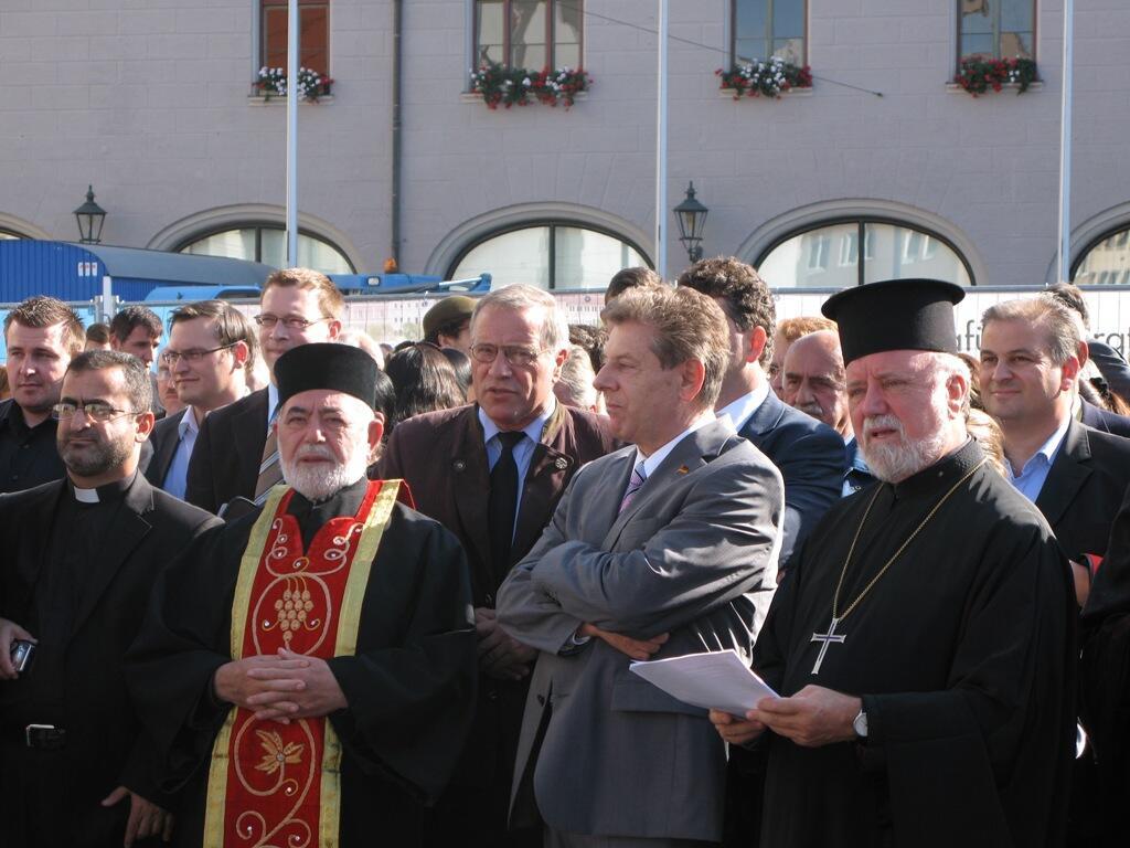 Christen brauchen Bekenntnis - Demo Rathausplatz (3)