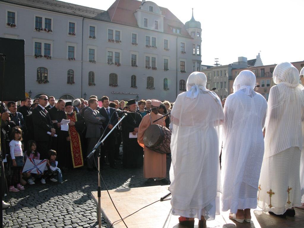 Christen brauchen Bekenntnis - Demo Rathausplatz (8)