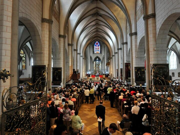 005_2012_Priesterweihe