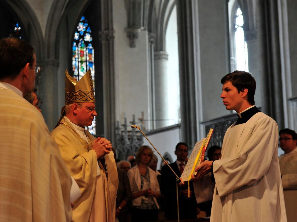 060_2012_Priesterweihe