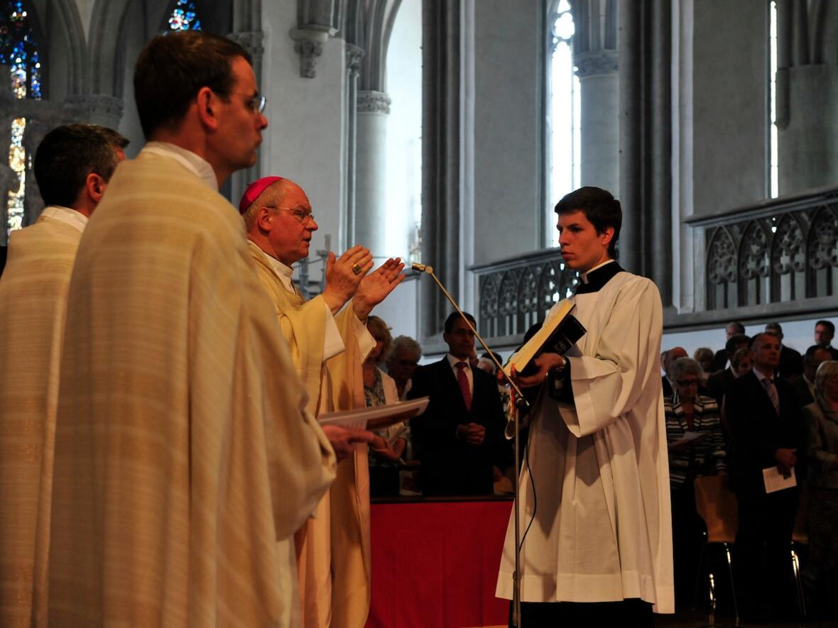 067_2012_Priesterweihe