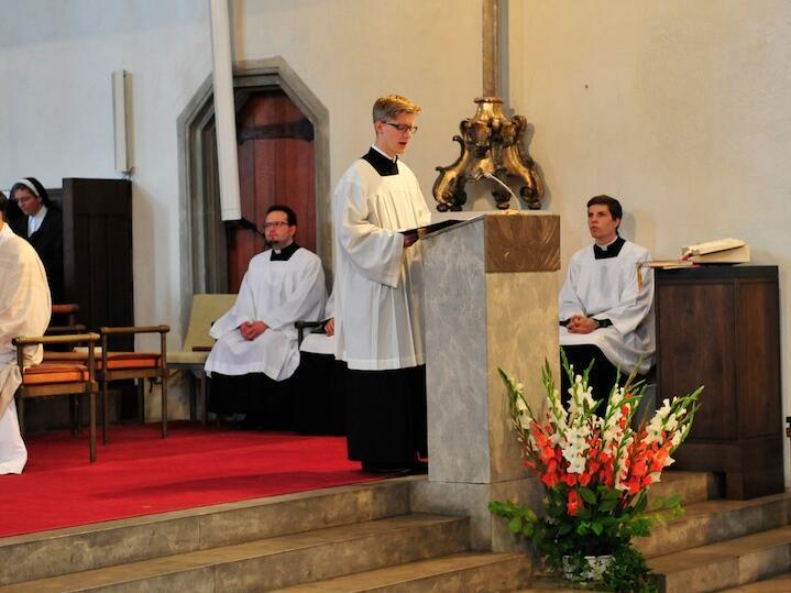 069_2012_Priesterweihe