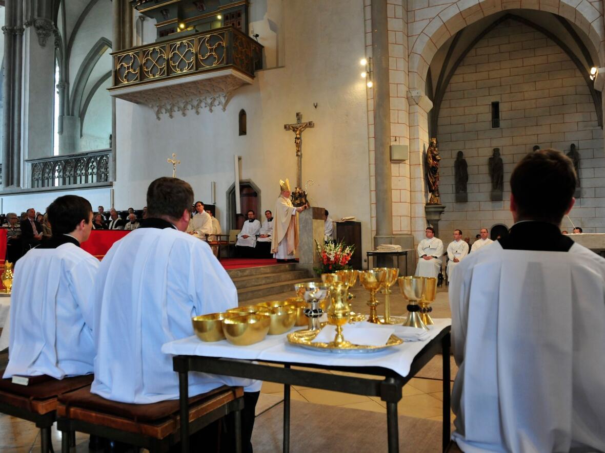 100_2012_Priesterweihe