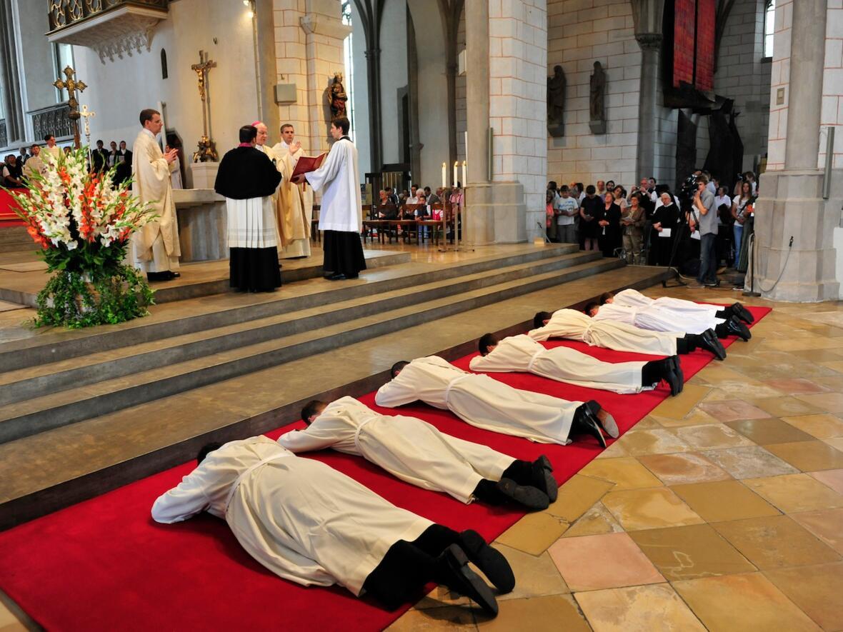 184_2012_Priesterweihe