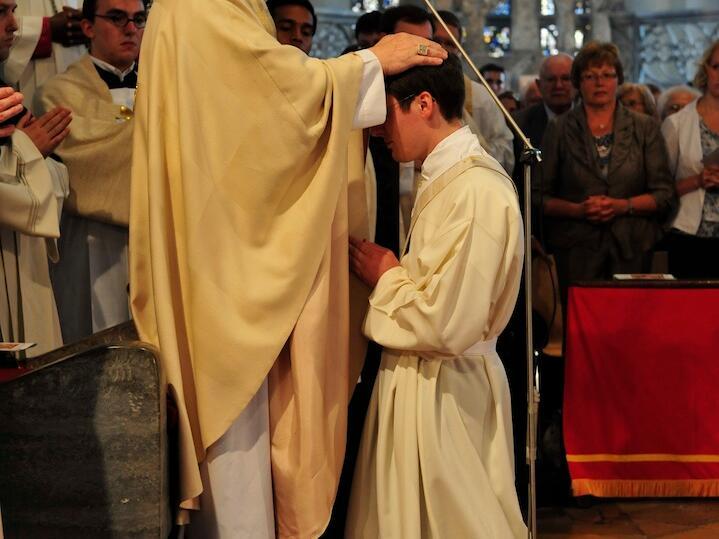 208_2012_Priesterweihe