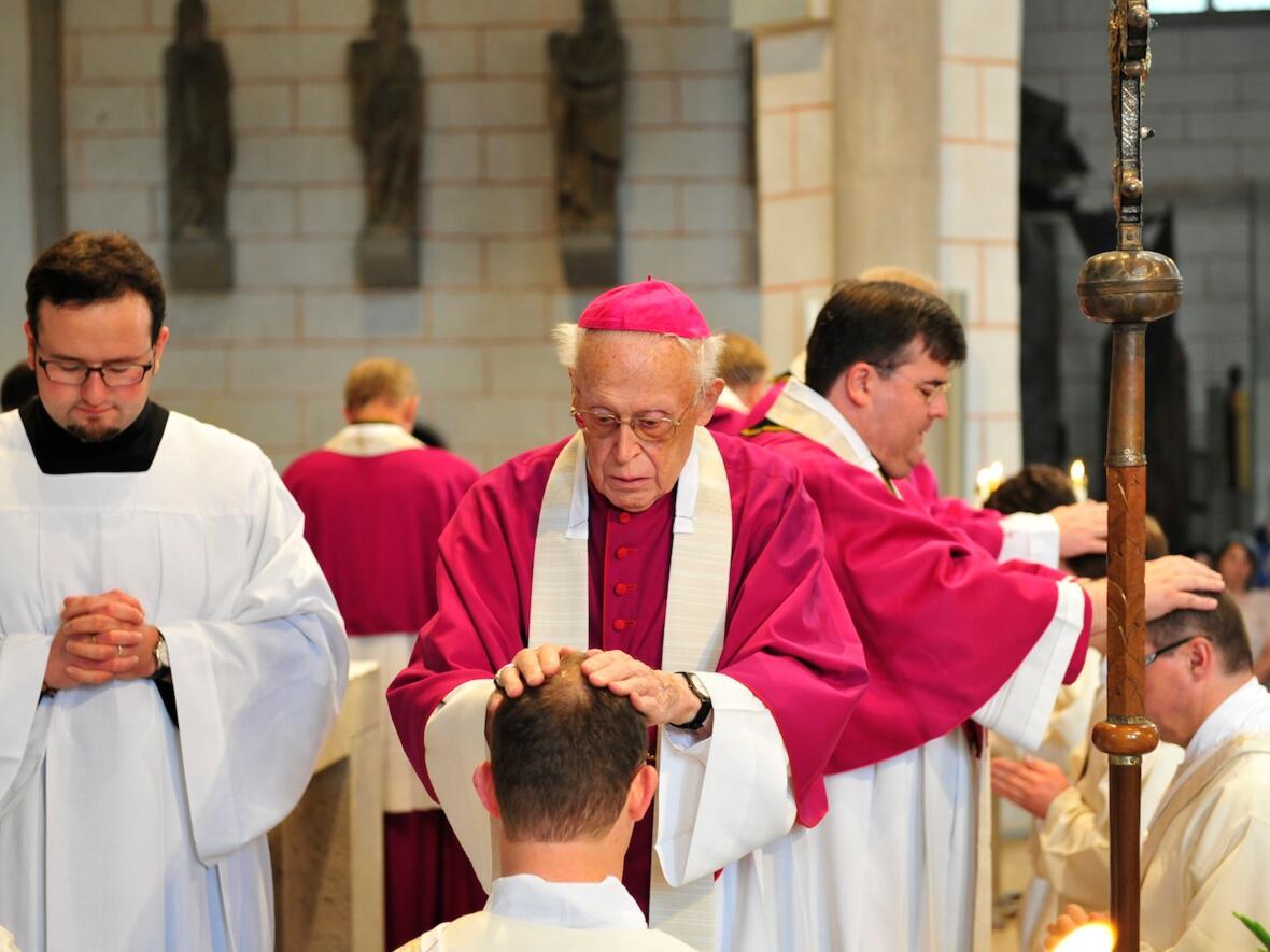 221_2012_Priesterweihe