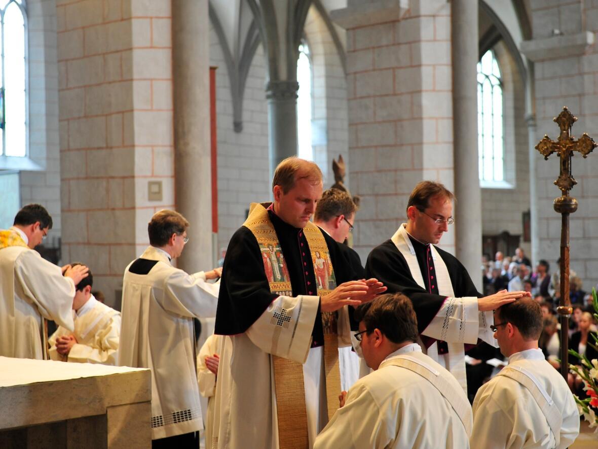 228_2012_Priesterweihe