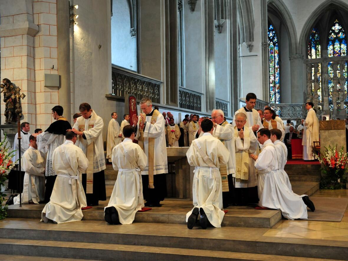 237_2012_Priesterweihe