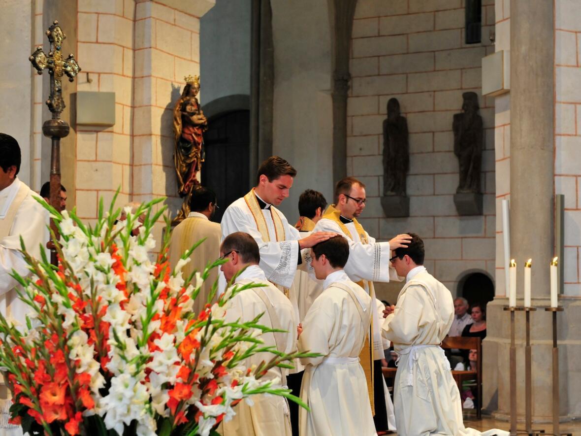 244_2012_Priesterweihe