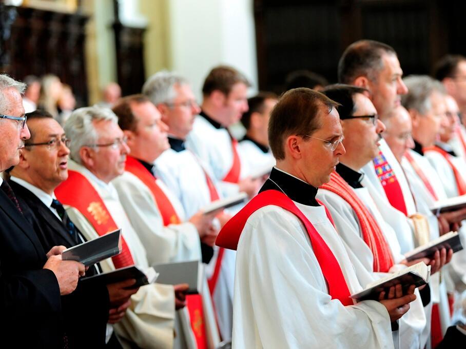 Zahlreiche Priester aus dem gesamten Bistum feierten mit. (Foto: Nicolas Schnall)