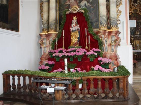 1. Platz (125 Stimmen) Mindelheim Jesuitenkirche Mariä Verkündigung (Foto: Stefan Hauke)