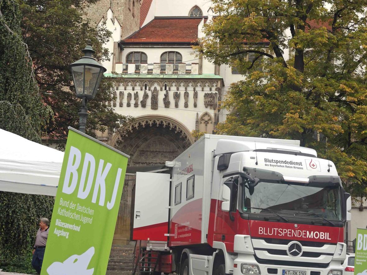 Spenden im doppelten Wortsinn: BDKJ-Blutspendeaktion für guten Zweck. (September) (Foto: Maria Steber)