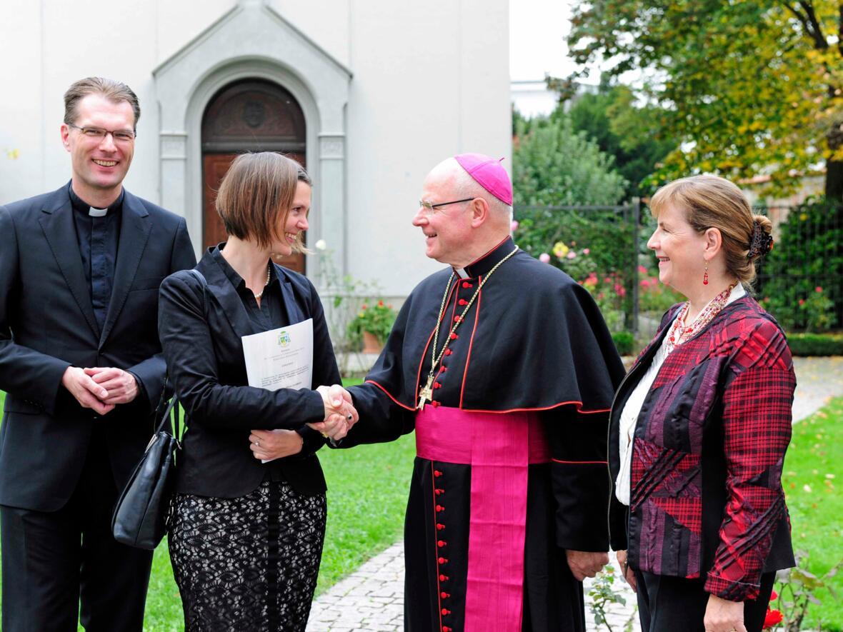 Hervorragende wissenschaftliche Leistung: Verleihung des Albertus-Magnus-Preis an Dr. Ursula Lievenbrück. (Oktober) (Foto: Karl-Georg Michel)