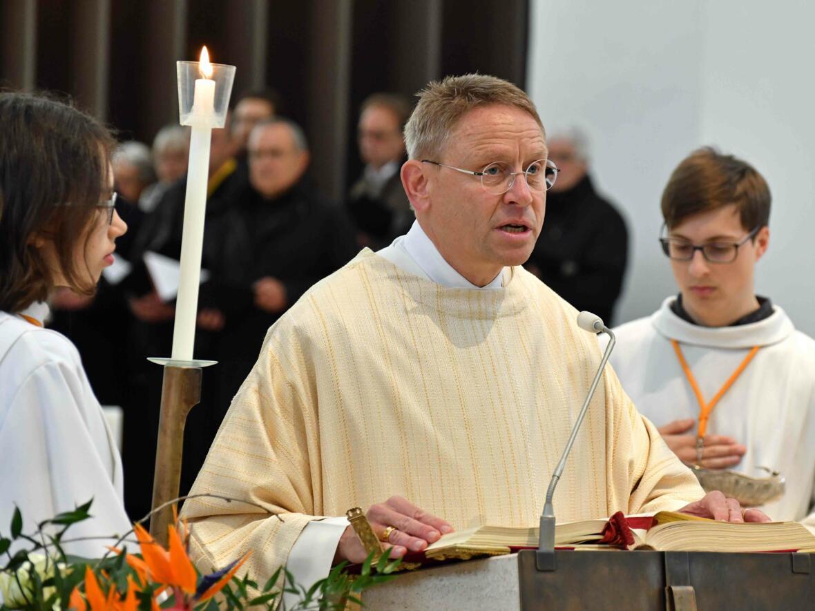 1000 Jahre Moritzkirche_Festgottesdienst mit Bischof Konrad (Foto Nicolas Schnall_pba) 06