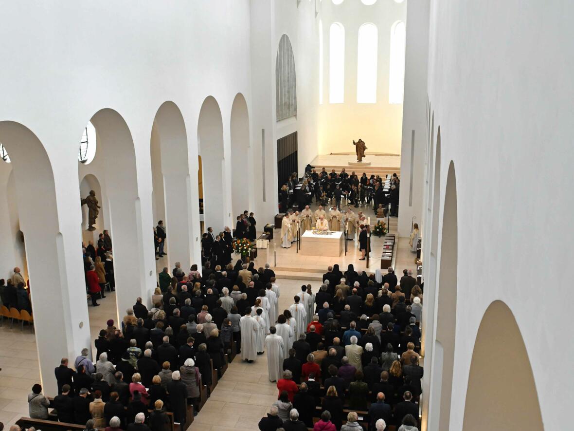 1000 Jahre Moritzkirche_Festgottesdienst mit Bischof Konrad (Foto Nicolas Schnall_pba) 10