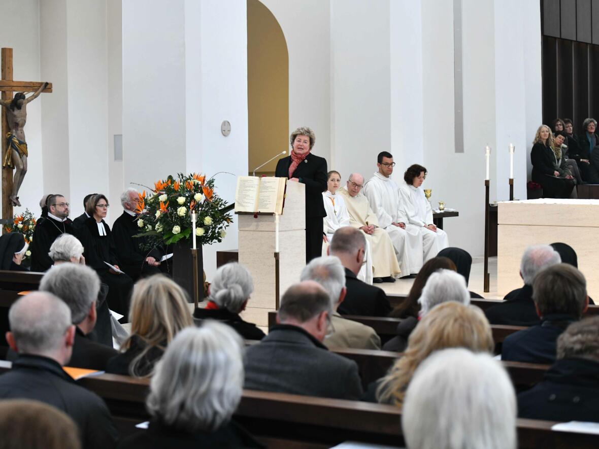 1000 Jahre Moritzkirche_Festgottesdienst mit Bischof Konrad (Foto Nicolas Schnall_pba) 15