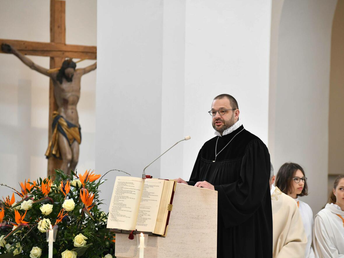 1000 Jahre Moritzkirche_Festgottesdienst mit Bischof Konrad (Foto Nicolas Schnall_pba) 16