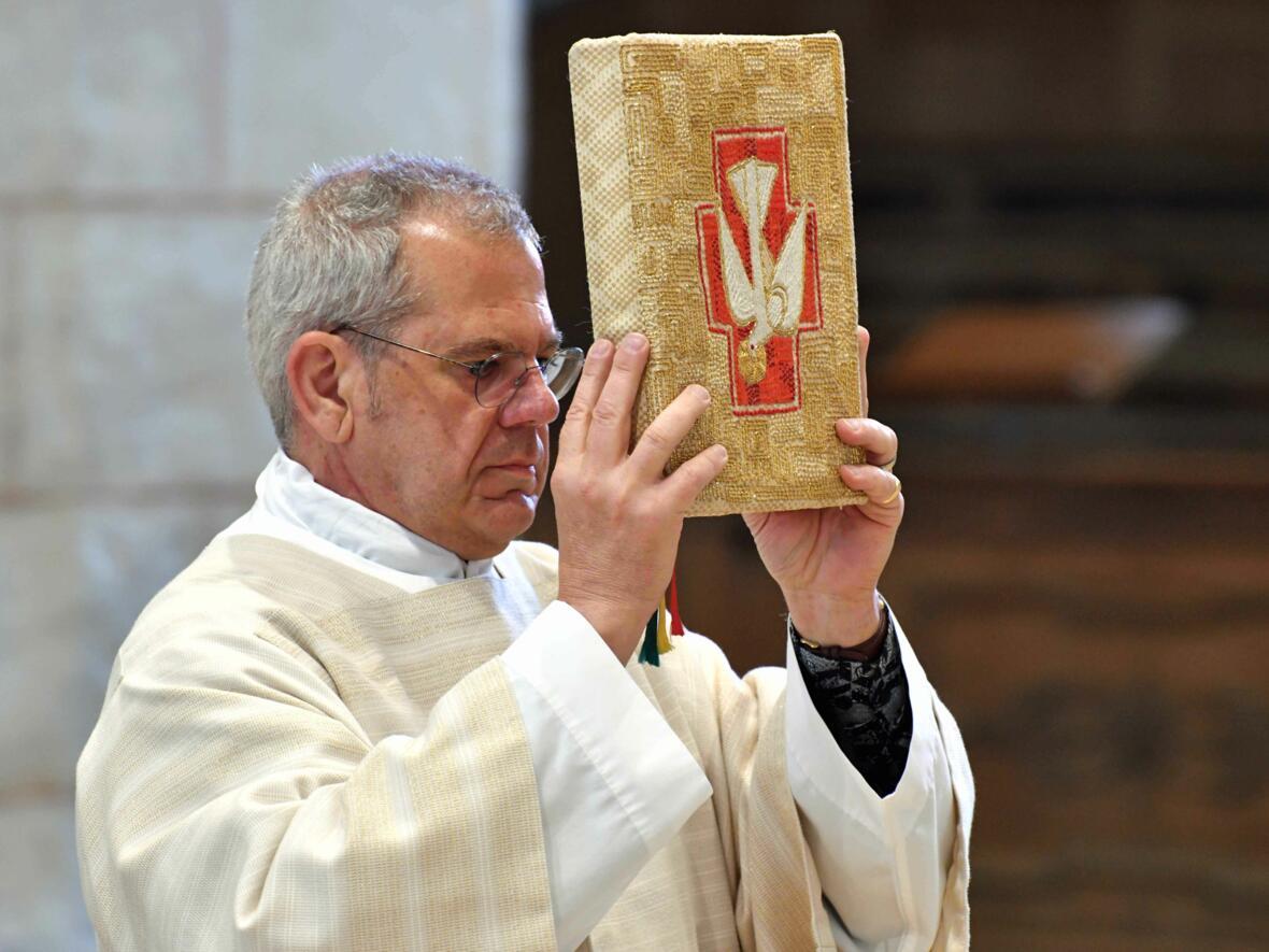 Dankgottesdienst 75. Geburtstag Bischof Dr. Konrad Zdarsa (Foto Nicolas Schnall_pba) 02