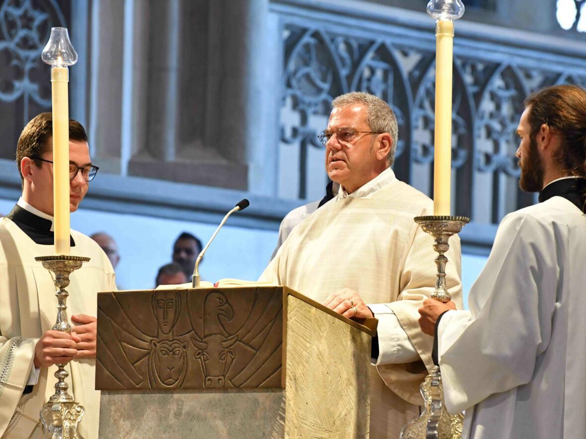 Dankgottesdienst 75. Geburtstag Bischof Dr. Konrad Zdarsa (Foto Nicolas Schnall_pba) 03