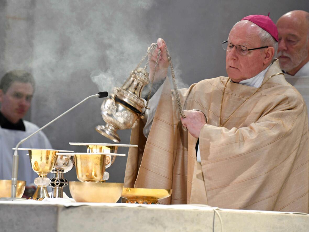 Dankgottesdienst 75. Geburtstag Bischof Dr. Konrad Zdarsa (Foto Nicolas Schnall_pba) 09