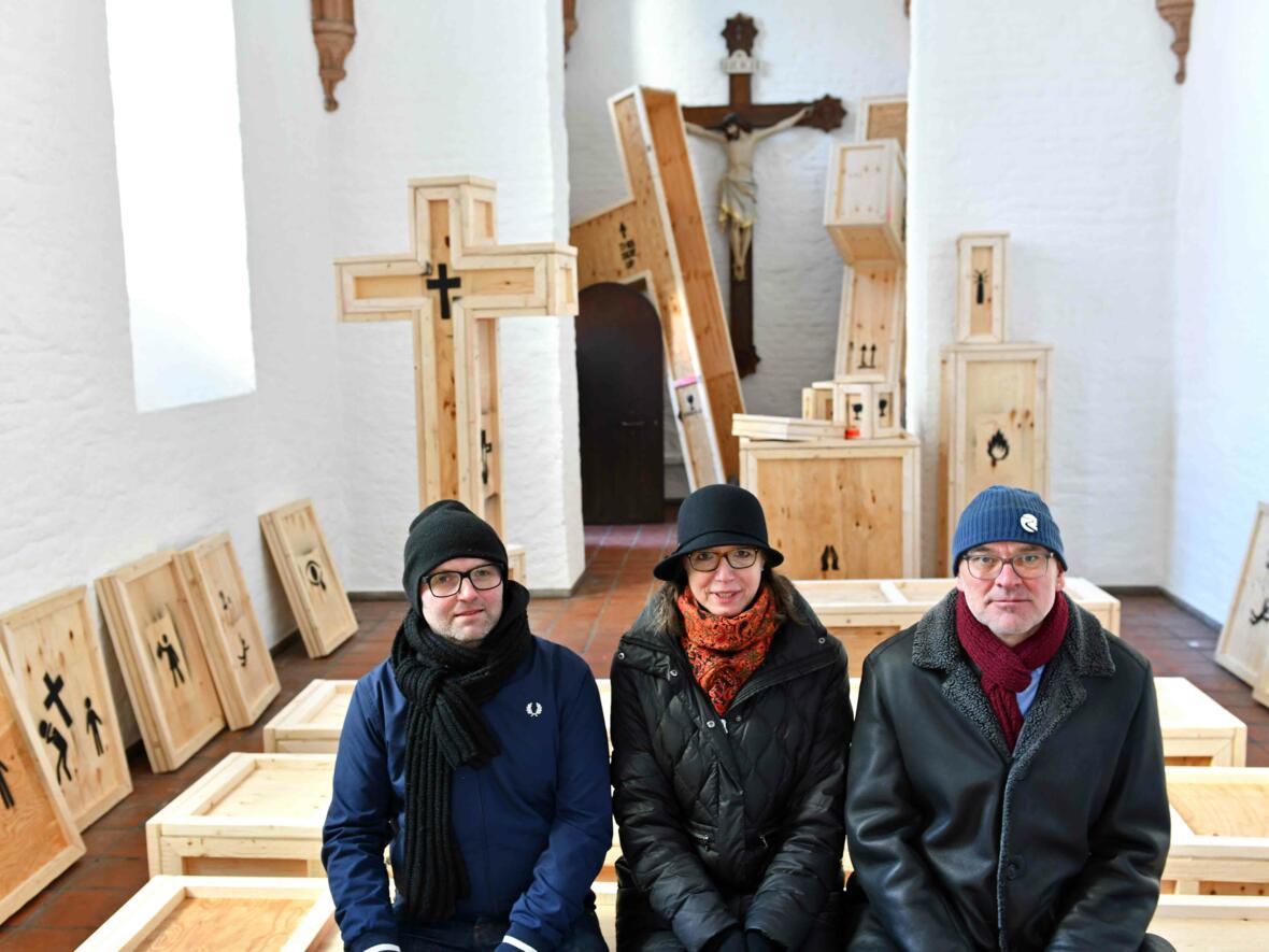 11 Aschermittwoch der Künstler_Ausstellungseröffnung_Kunstprojekt mit Künstler und Kuratorin (Foto_Nicolas Schnall_pba) DSC_0434