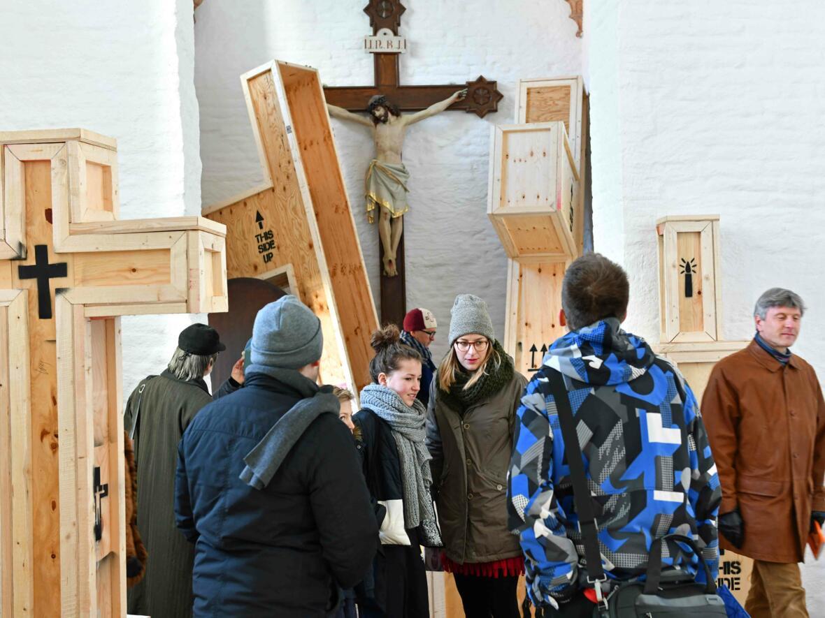15 Aschermittwoch der Künstler_Ausstellungseröffnung_Kunstprojekt (Foto_Nicolas Schnall_pba) DSC_0417