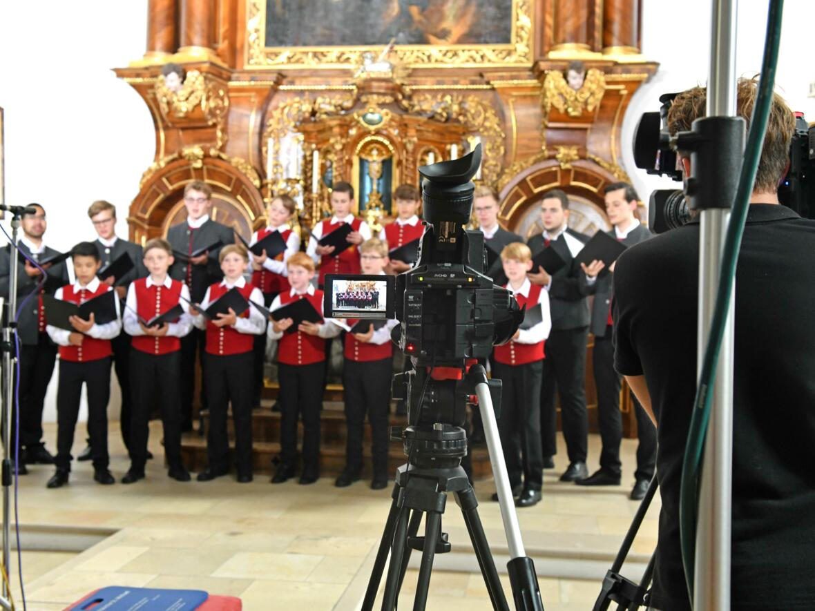 Augsburger Domsingknaben_Das Weihnachtslied Ihr Kinderlein kommet neu arrangiert (Foto_Nicolas Schnall_pba)_4