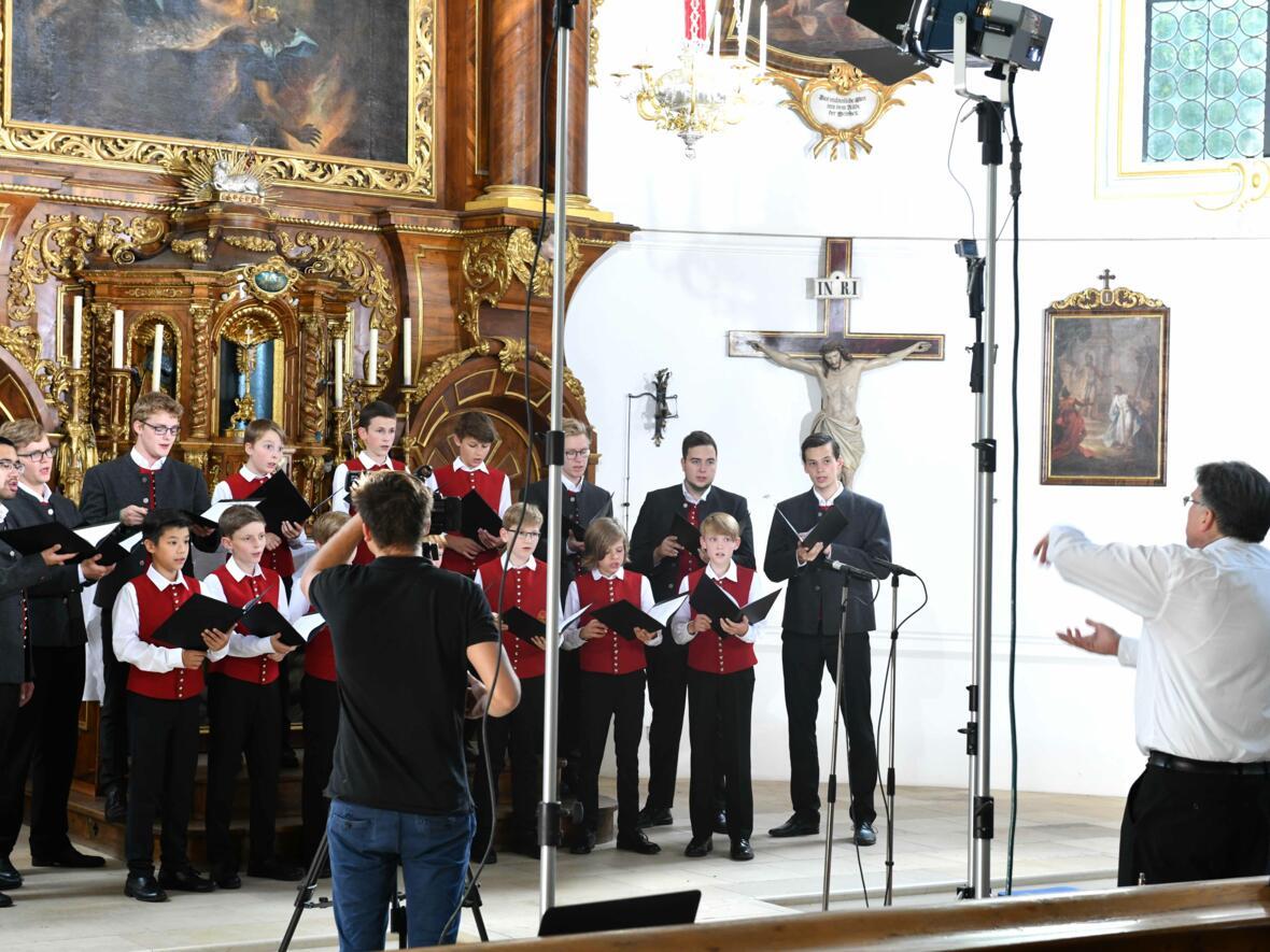 Augsburger Domsingknaben_Das Weihnachtslied Ihr Kinderlein kommet neu arrangiert (Foto_Nicolas Schnall_pba)_6