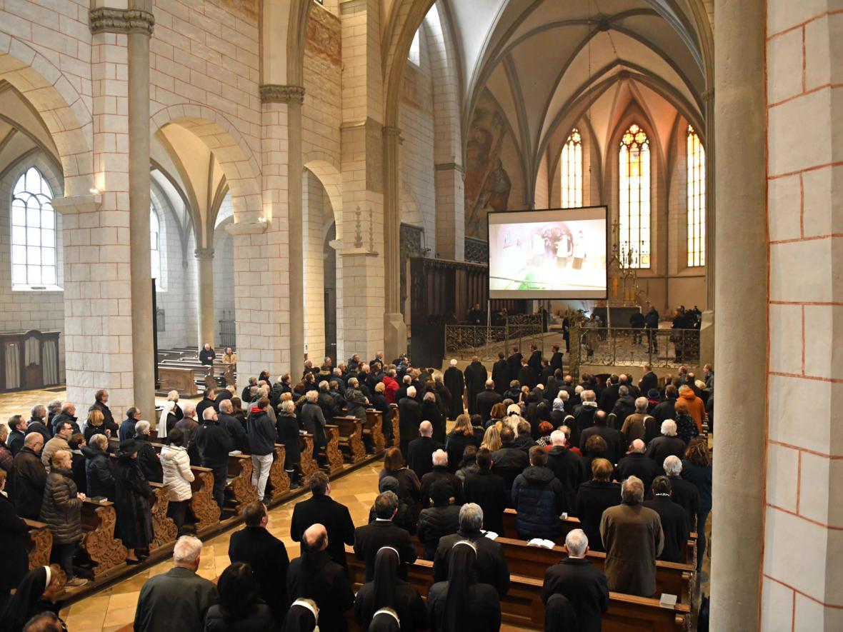 Begräbnisfeier für Bischof em Viktor Josef Dammertz (Foto Nicolas Schnall_pba) 18
