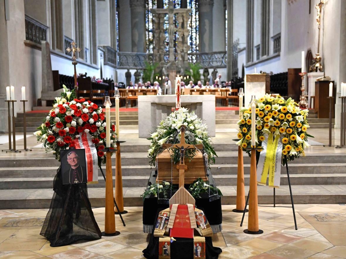 Begräbnisfeier für Bischof emeritus Viktor Josef Dammertz (Foto Nicolas Schnall_pba) 1