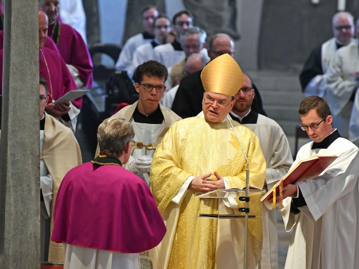 Priesterweihe 2020 im Hohen Dom zu Augsburg (Foto Nicolas Schnall_pba) DSC_4173