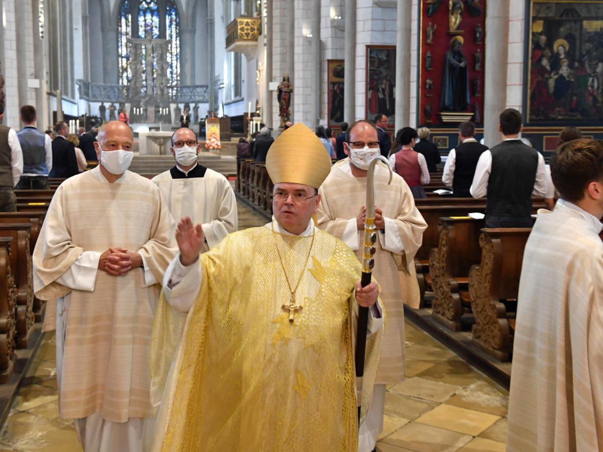 Priesterweihe 2020 im Hohen Dom zu Augsburg (Foto Nicolas Schnall_pba) DSC_4473