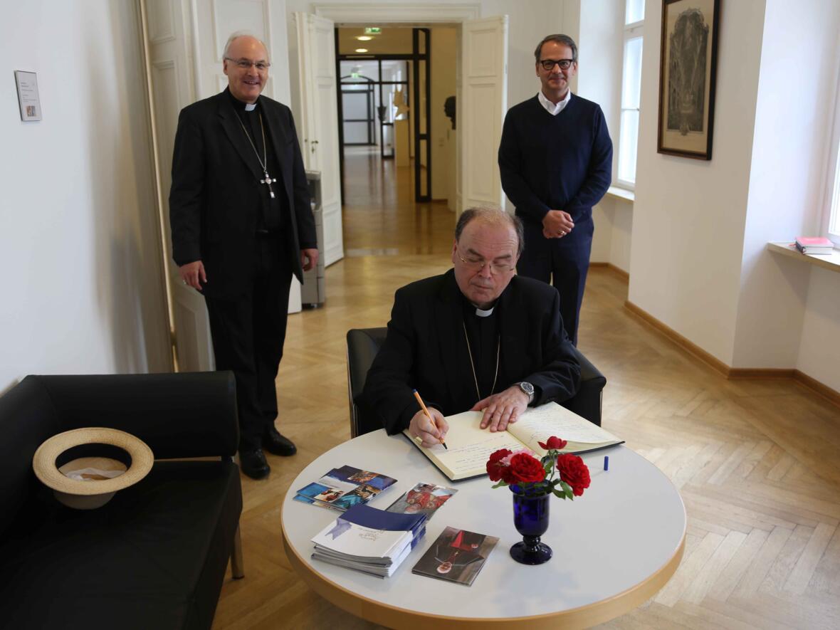 07_Besuch Institut Papst Benedikt_Foto Veit Neumann