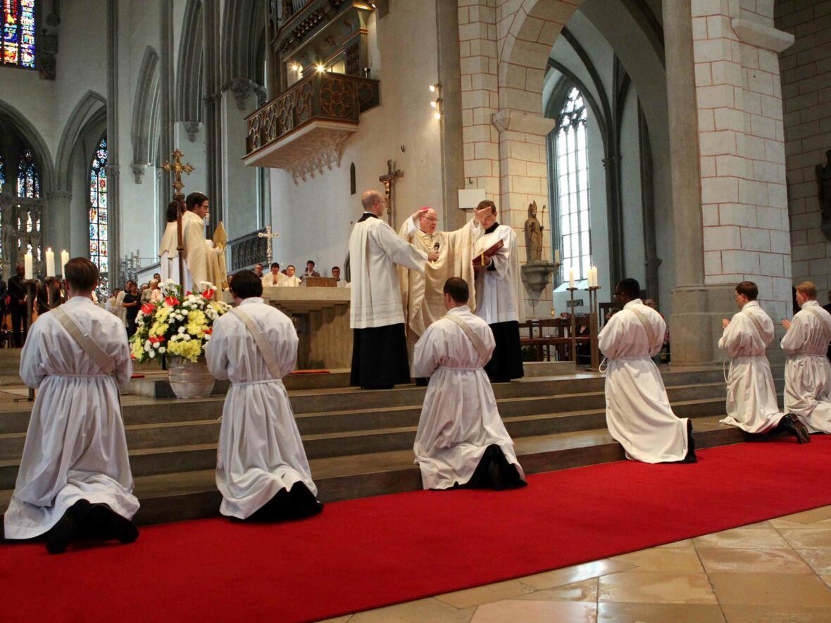 03_1_Priesterweihe