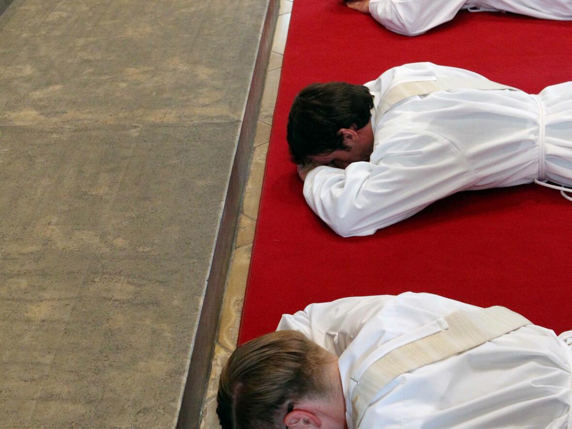 05_1_Priesterweihe