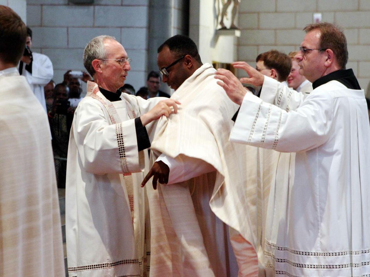 11_1_Priesterweihe