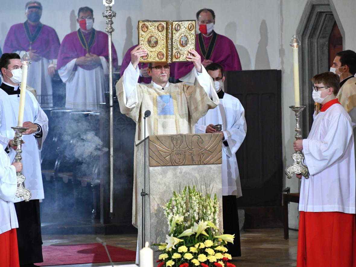 Bischofsweihe Dr. Bertram Meier (Foto Nicolas Schnall_pba) 2913