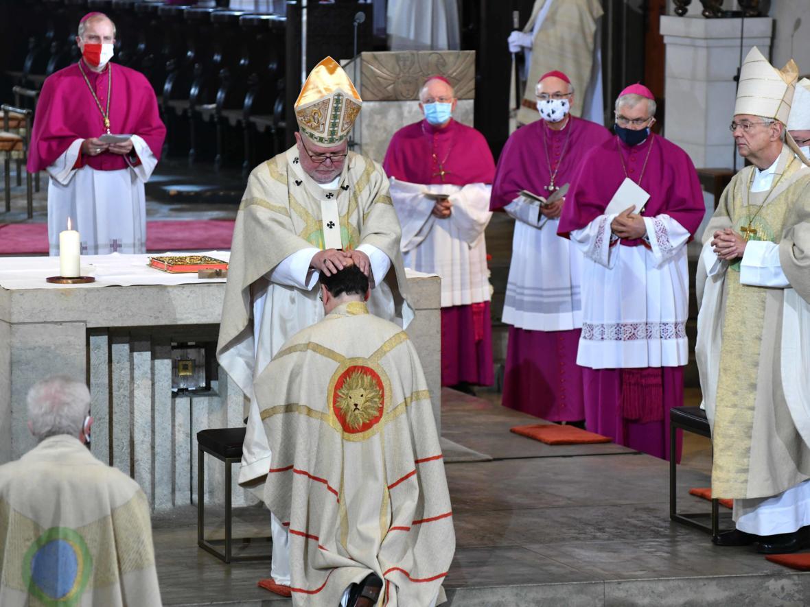 Bischofsweihe Dr. Bertram Meier (Foto Nicolas Schnall_pba) 2989