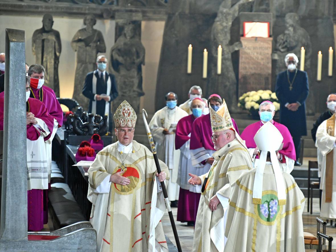 Bischofsweihe Dr. Bertram Meier (Foto Nicolas Schnall_pba) 3029
