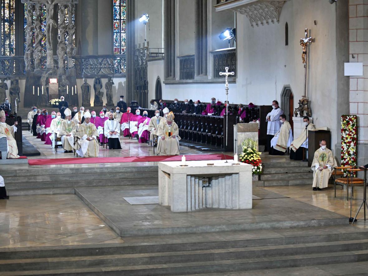 Bischofsweihe Dr. Bertram Meier (Foto Nicolas Schnall_pba) 3226