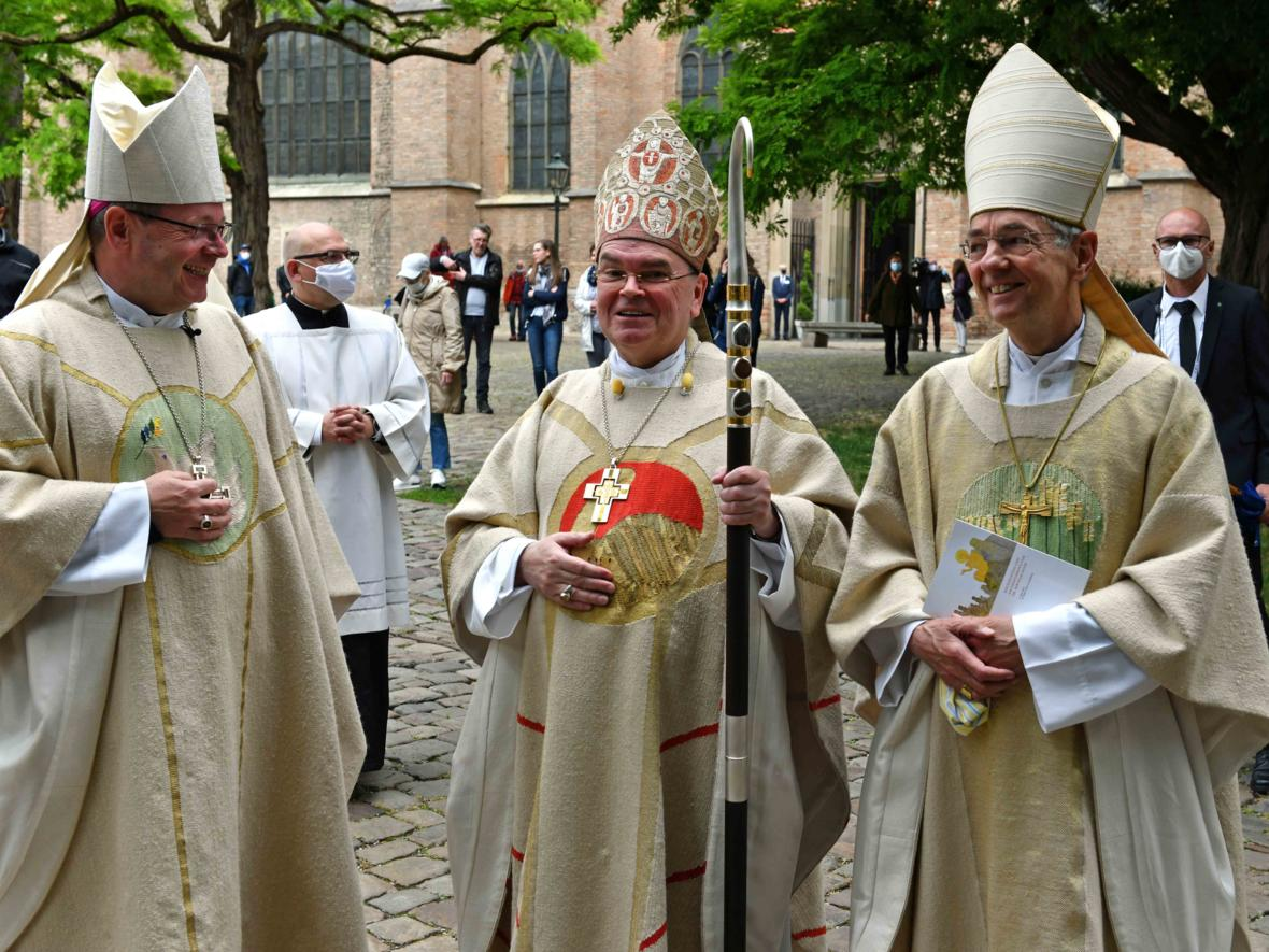 Bischofsweihe Dr. Bertram Meier (Foto Nicolas Schnall_pba) 3275