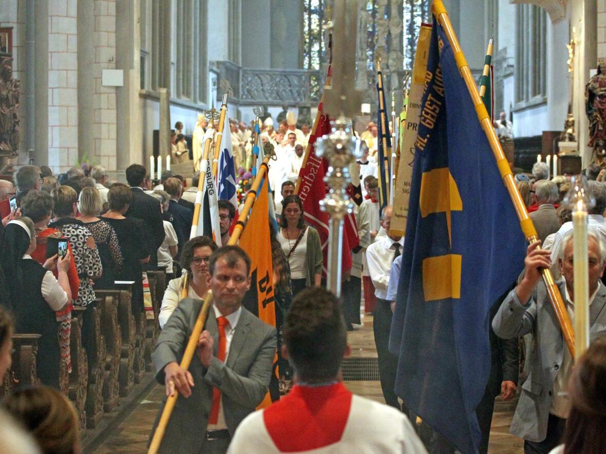 Dankgottesdienst zur Verabschiedung von Bischof Konrad (Foto Annette Zoepf_pba) 28