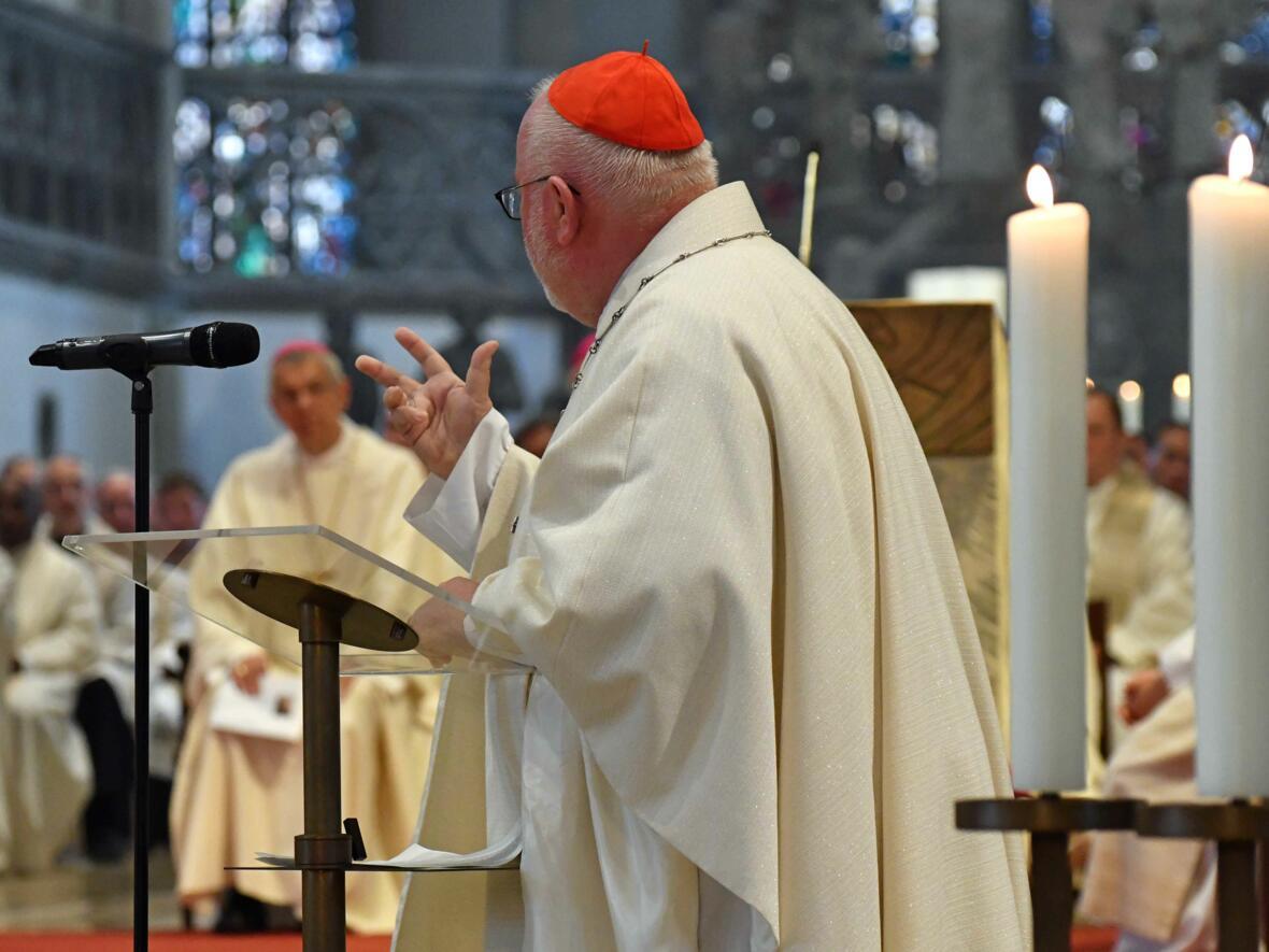 Dankgottesdienst zur Verabschiedung von Bischof Konrad (Foto Nicolas Schnall_pba) 13